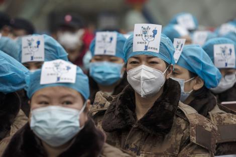 Cehia a confiscat aproximativ 680.000 de măşti şi ventilatoare trimise de China Italiei. Cum se explică gestul halucinant