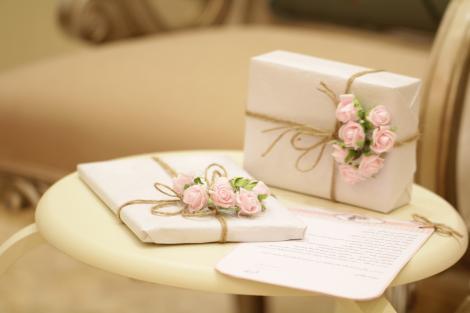 5 idei de cadouri pentru persoane în vârstă