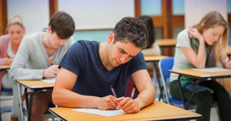 Examenele de Bacalaureat, anulate în Olanda, din cauza pandemiei de coronavirus. Ce se va întâmpla cu elevii