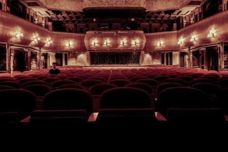 Un teatru din Rusia va oferi spectacole pentru un singur spectator