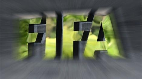 FIFA recomandă prelungirea contractelor jucătorilor şi antrenorilor