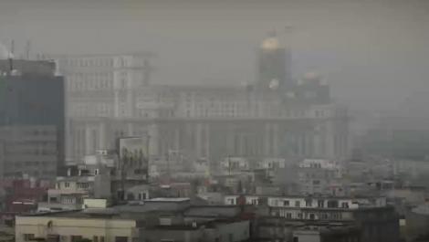 """Poluarea din București a atins noi valori record. Cum justifică Ministerul Mediului: """"Vântul a adus praful din Bărăgan și ridică mizeria de pe străzi!"""""""