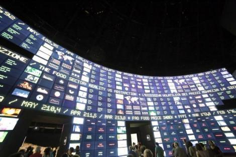 Bursele au crescut luni la nivel mondial, anticipând reducerea dobânzilor; preţurile petrolului au urcat cu peste 4%