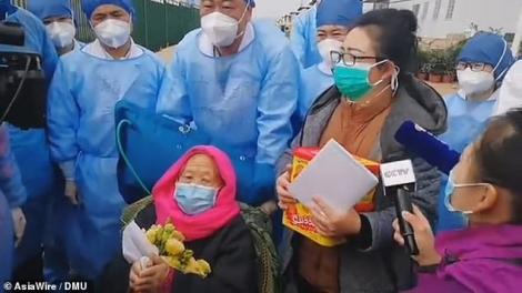 Are 98 de ani și a doborât coronavirusul! Cel mai bătrân pacient cu COVID-19 din China s-a vindecat - Foto