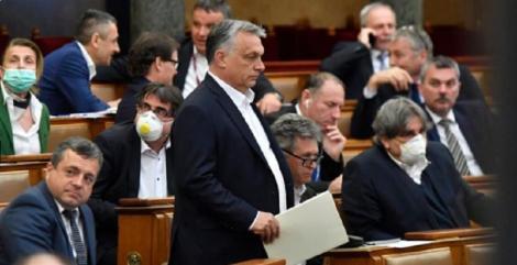 """Viktor Orban a obținut o """"lege coronavirus"""". Opoziția din Ungaria acuză că îi dă puteri nelimitate"""