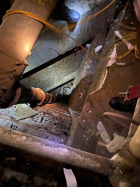 Arad: Bărbat decedat după ce a căzut de pe acoperişul Sălii Sporturilor
