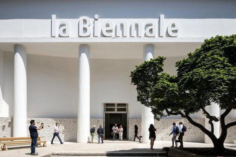 Debutul Bienalei de Arhitectură de la Veneţia, amânat cu trei luni. MipTV de la Cannes, anulat