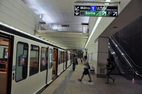 Bode: Încercăm să găsim măsuri de fluidizare a accesului la staţia de metrou şi la ieşirea din staţia de metrou