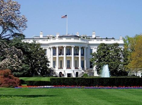 Pompeo: Statele Unite ar putea analiza atenuarea sancţiunilor împotriva Iranului şi a altor ţări, pentru a ajuta la combaterea coronavirusului