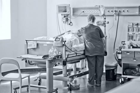 Gafa uriașă a autorităților! Cum a ajuns decesul 79 cauzat de coronavirus să fie anunțat, oficial, cu patru zile întârziere?