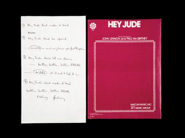 """Versurile scrise de mână ale melodiei """"Hey Jude"""" de Paul McCartney, vândute la licitaţie pentru 910.000 de dolari"""
