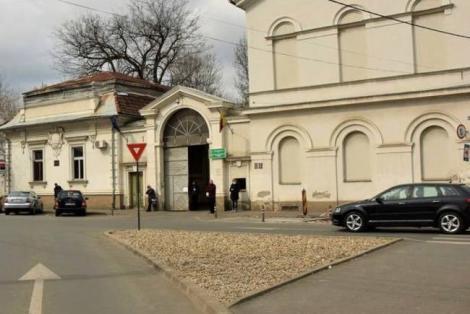 A intrat în Spitalul Municipal Arad cu rezultat negativ pentru coronavirus și a ieșit pozitiv