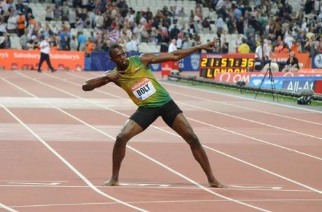 Usain Bolt ilustrează distanţarea socială cu o fotografie realizată la victoria sa în proba de 100 metri la JO-2008
