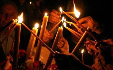 Ce trebuie să completezi în declarația pe propria răspundere dacă vrei să mergi la biserică să iei lumină