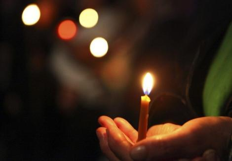 Purtătorul de cuvânt al Patriarhiei: Poliţia face un gest major de civilitate creştină. Voluntarii acreditaţi sunt echipaţi mai bine decât curierii care aduc produse comandate online