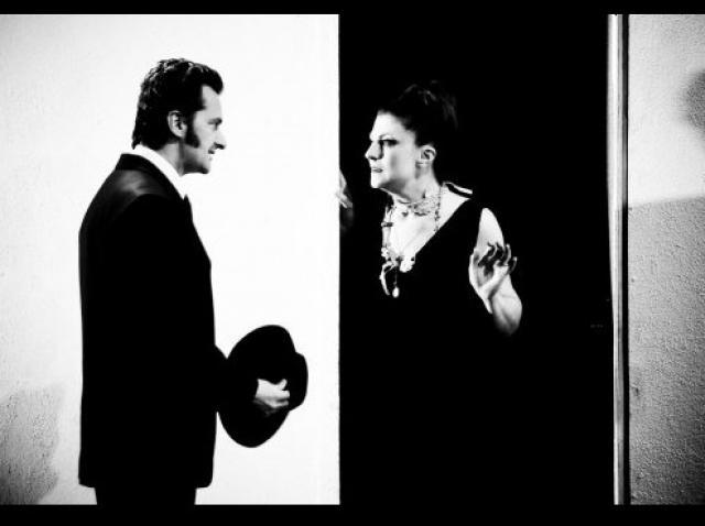 """Spectacolul """"Ionesco - 5 piese scurte"""", difuzat online de Teatrul Odeon"""