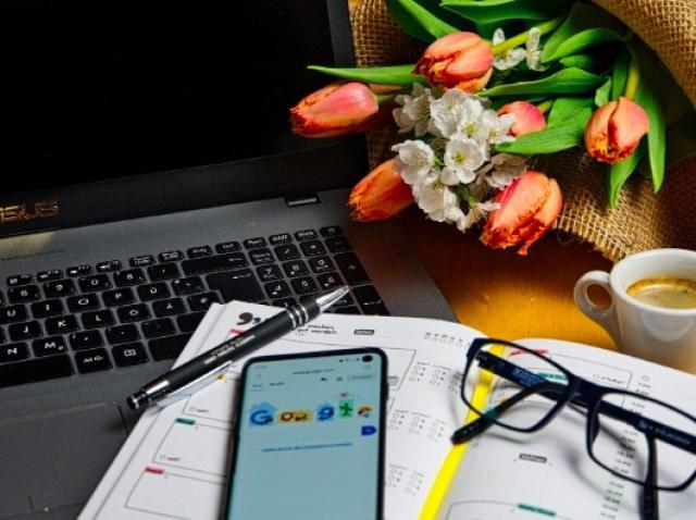 Cum să lucrezi de acasă într-un mod eficient?