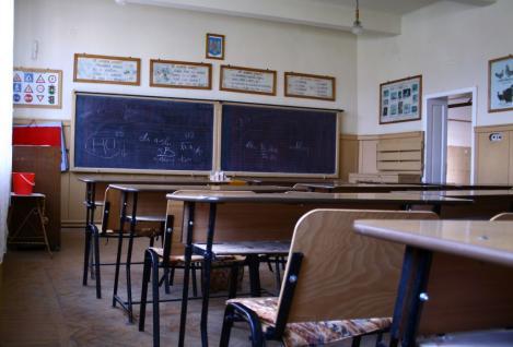 """Redeschiderea școlilor după 15 mai, un scenariu """"aproape imposibil"""" pentru Gabriela Firea: """"Va fi o nenorocire! Vor fi mii de îmbolnăviri!"""""""