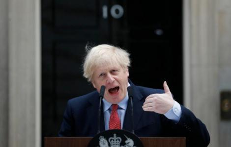 """Boris Johnson refuză să rişte un nou """"vârf"""" al epidemiei covid-19 prin relaxarea izolării şi nu spune când va face acest lucru"""
