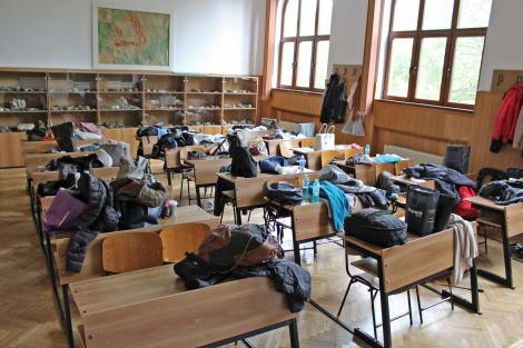 Școlile rămân închise. Cum se vor calcula mediile elevilor pentru ca anul școlar să fie încheiat pe 12 iunie