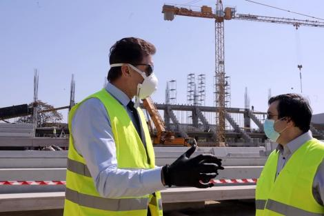 Gheorghe Popescu: Lucrurile stau bine la stadioanele Steaua, Arcul de Triumf şi Giuleşti. Sper că în luna octombrie cele trei arene vor fi gata