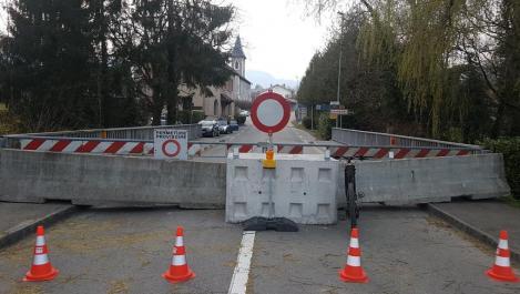 """Controalele la frontiere în Franţa, prelungite până la sfârşitul lui octombrie, din cauza """"ameninţării teroriste"""" şi pandemiei covid-19"""