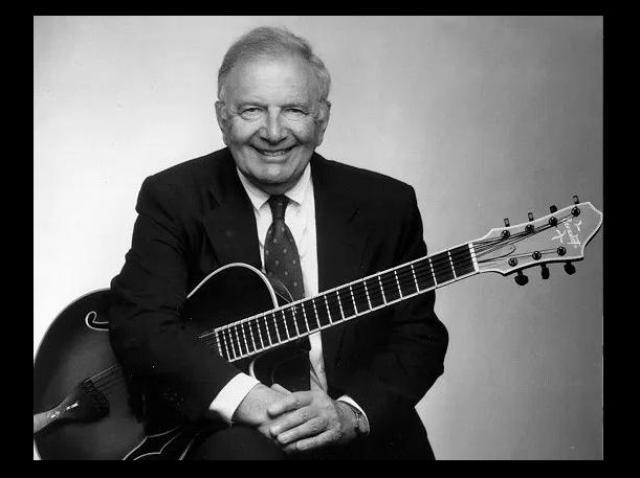 """Chitaristul jazz John """"Bucky"""" Pizzarelli a murit la vârsta de 94 de ani, aparent din cauza Covid-19"""