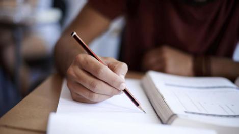 Anunț pentru elevi! Ce se întâmplă cu examenele de Bacalaureat, Evaluare Națională și admitere la facultate