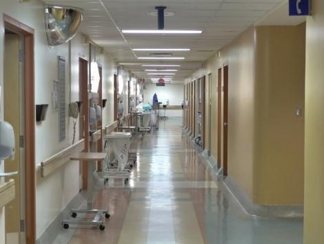 Managerul Spitalului Municipal din Râmnicu Sărat, spital-suport COVID-19, anunţă că are echipamente pentru 7-10 zile