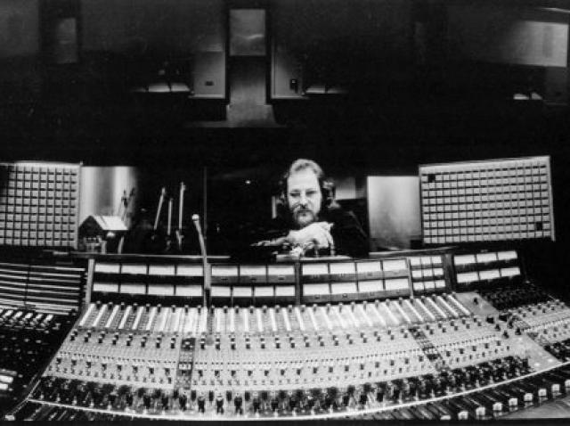 Un documentar despre Eddie Kramer, inginer de sunet care a lucrat cu Hendrix, Led Zeppelin şi Kiss, în pregătire