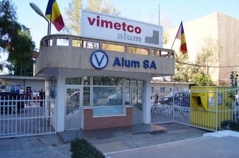 Producătorul de alumină Alum Tulcea, din Grupul Alro, a cerut autorizare să producă dezinfectant pentru mâini şi anunţă că donează 100.000 lei Spitalului Judeţean Tulcea