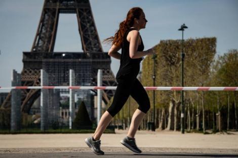 Parizienii nu mai pot face sport în aer liber între orele 10.00 şi 19.00