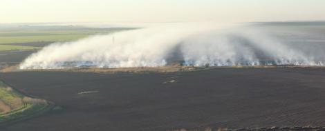 Așa arată incendiul care a provocat poluarea din Capitală. Mii de oameni s-au plâns de aerul irespirabil