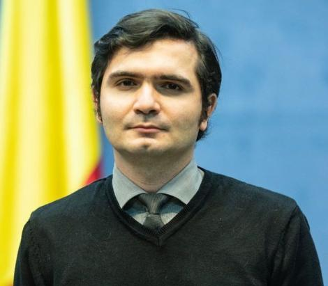 Interviu cu Bogdan Anicescu, interpretul în limbaj mimico-gestual de la conferințele Guvernului și ale MAI