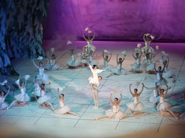 """""""Spărgătorul de nuci"""", """"Otello"""" şi """"Faust"""", între spectacolele prezentate online de Opera Naţională Bucureşti"""