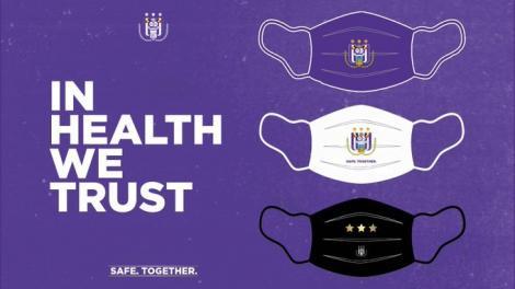 Anderlecht Bruxelles pune în vânzare măşti de protecţie în culorile clubului. O parte din încasări merg la un spital local