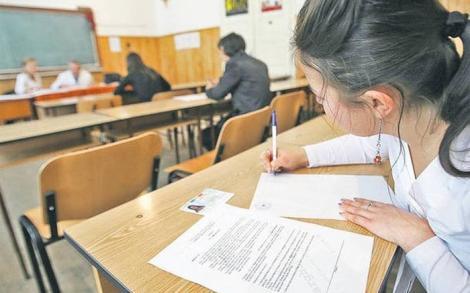 Ce se întâmplă cu elevii,dacă în dimineața examenelor, au temperatura de 37,4 grade? Soluția găsită de autorități