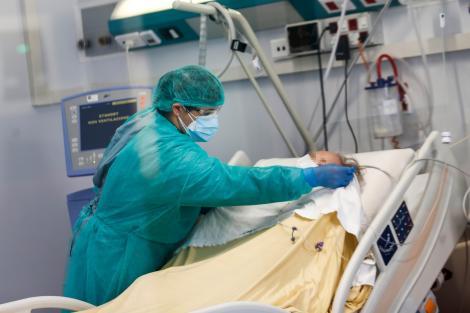 Un focar de coronavirus se extinde, în România! Două cadre medicale, între persoanele diagnosticate cu COVID-19!