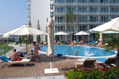 Veste excelentă pentru români! Hotelurile vor fi deschise după 15 mai, dar rămân restricţii la restaurante