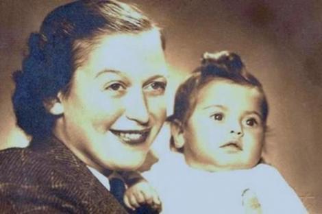 """""""M-am născut printre morți. Săraca mea mamă era un schelet cu burtă. Mi-a spus că am două zile de naștere! M-a salvat un înger păzitor"""""""