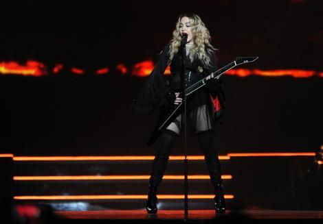 Madonna susţine că a contractat noul coronavirus în luna martie, când se afla în Paris