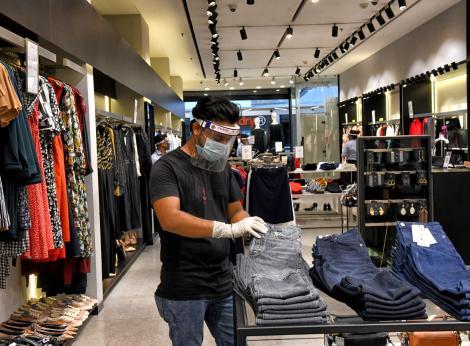 Anumite magazine din mall-uri rămân închise. Anunțul momentului despre deschiderea centrelor comerciale, din 15 iunie