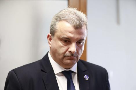 Mesaj al prefectului de Buzău, după creşterea alarmantă a numărului de cazuri: Pandemia este departe de a fi trecut. Pandemia nu ţine cont de măsurile de relaxare, ci dimpotrivă, evoluţia ei este favorizată de acestea