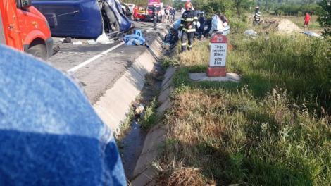 Răsturnare de situație în cazul accidentului din Vrancea. Cine este vinovat de moartea celor două persoane și de rănirea a altor 11