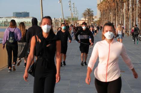 Prima măsură după creșterea numărului de cazuri de Covid-19: Masca obligatorie pe stradă și în toate spațiile publice, în Turcia