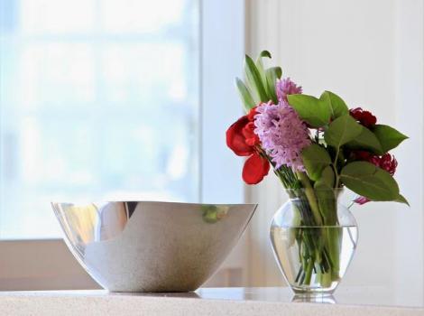 Vrei să te bucuri cât mai mult de buchetele de flori primite? Iată care sunt sfaturile noastre!