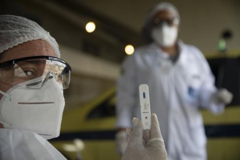 """Invenția care ar putea salva omenirea! Masca """"topește"""" coronavirusul la 70°C și ucide toate bacteriile. Prețul acesteia este extrem de mic"""