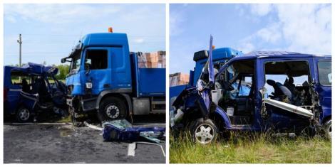 Microbuz cu români, implicat într-un accident grav pe o șosea din Ungaria. Cinci persoane au murit pe loc