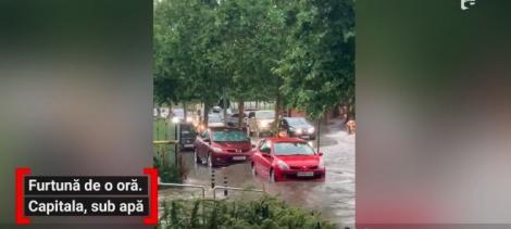 Bucureştiul s-a inundat după o ploaie torențială! Apa a acoperit carosabilul în mai multe zone