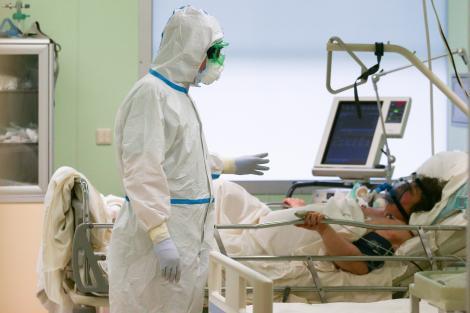 """Asimptomaticii nu ar trebui internați în spital. Propunere surprinzătoare a unui medic de la Matei Balș: """"Monitorizarea să se facă nu doar prin 112"""""""